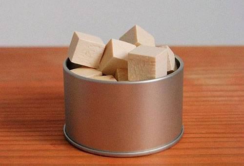 Ароматизированные деревянные кубики