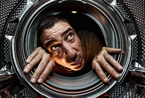 Поиск причины неприятного запаха в стиральной машине