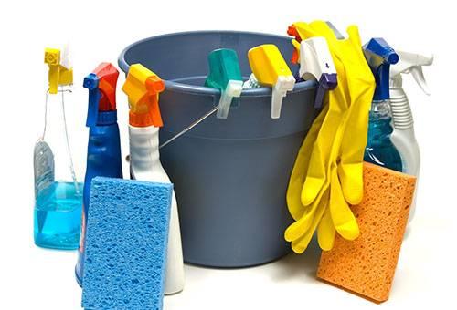 Моющие средства и губки для натяжного потолка