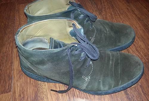 Замшевые ботинки потеряли цвет