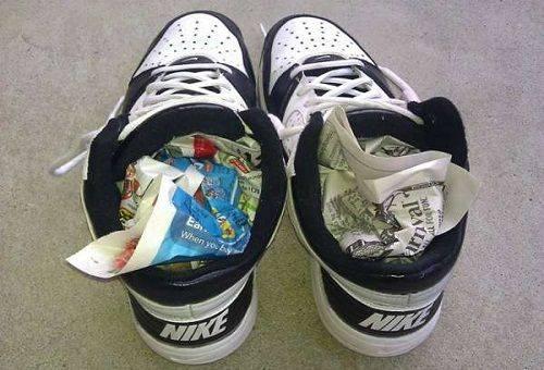 сушка обуви газетой