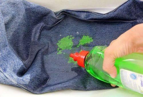 чистка пятен от краски