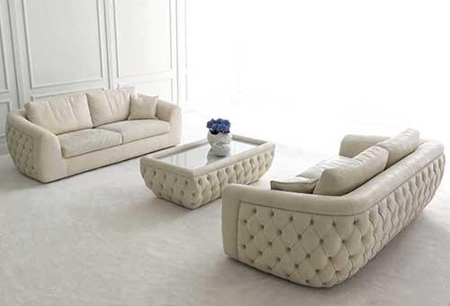 Светлая кожаная мебель