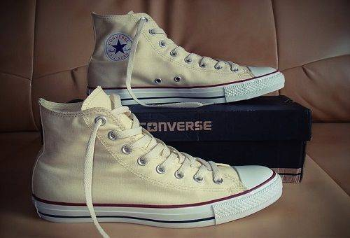 белые кеды Converse