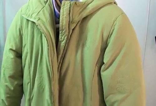 Сушка зимней куртки на весу