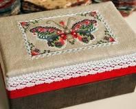 Коробка с вышивкой