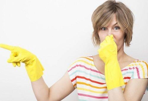 неприятный запах в доме