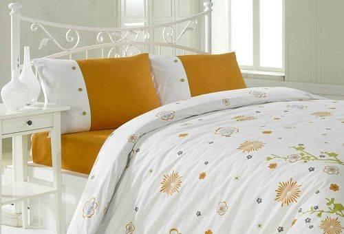 убранная постель