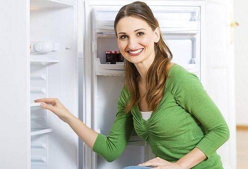 tiefkühlschrank abtauen mit heißem wasser