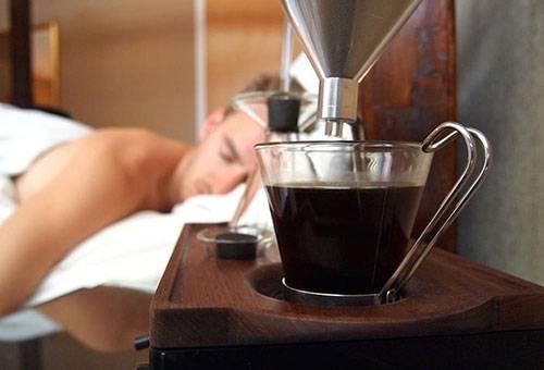 Свежий кофе из кофемашины