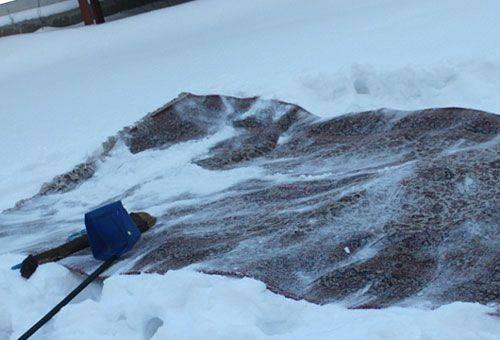 ковер на снегу