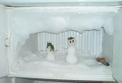 Снеговик в морозилке