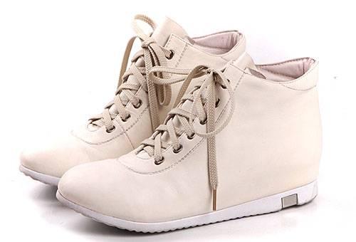 Осенняя обувь из кожзама