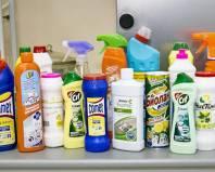 Разнообразие моющих средств для кухни