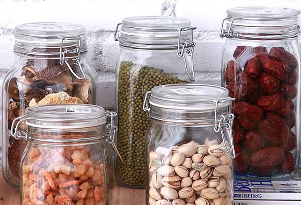 Хранение продуктов в герметичных банках