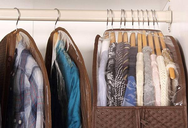 Уход за одеждой и обувью: как продлить срок службы любимых вещей?