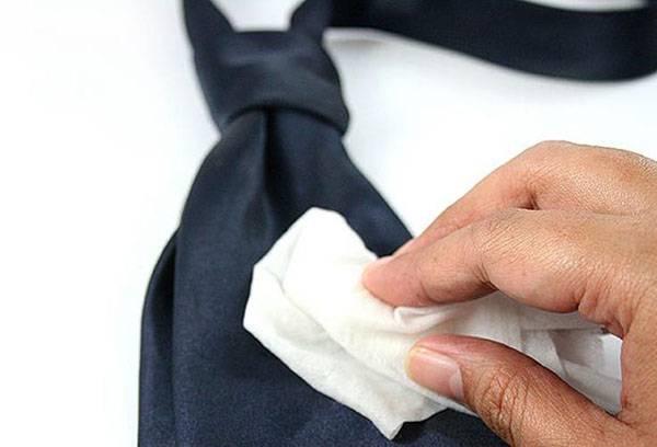 Очистка галстука