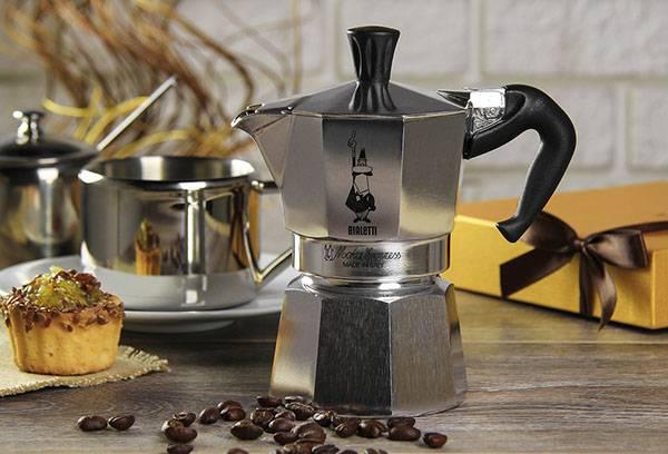 Стальная гейзерная кофеварка