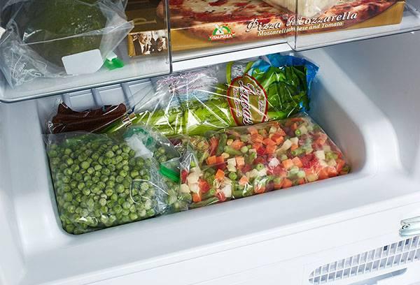 Замороженные овощи в морозилке