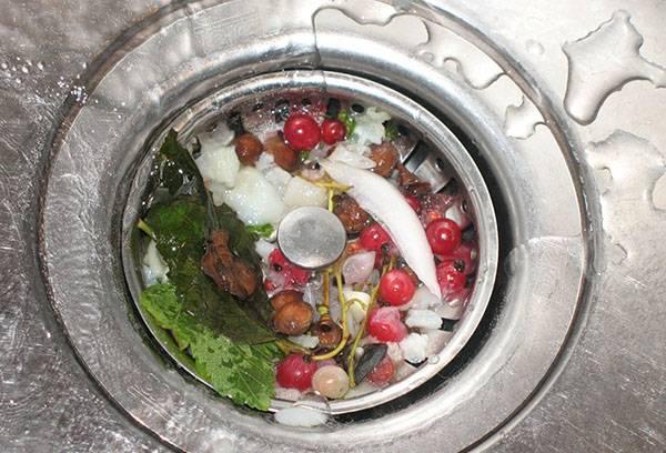 Засор слива кухонной раковины