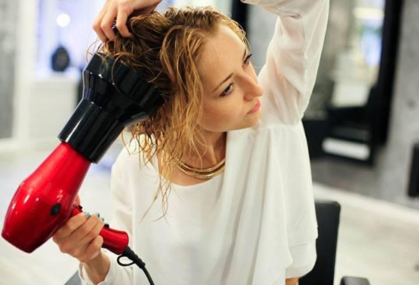 Сушка волос феном с диффузором