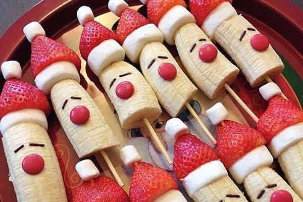 Новогодние фигурки из фруктов