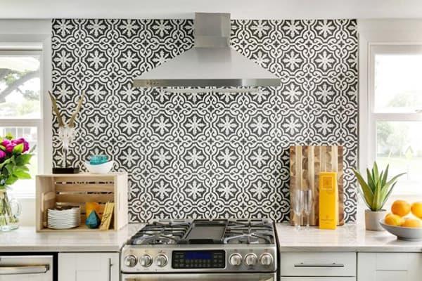 Кухонный фартук из португальской плитки