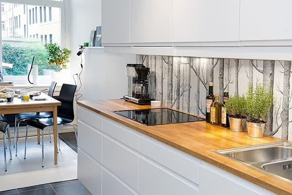 Кухонный фартук - обои под стеклом