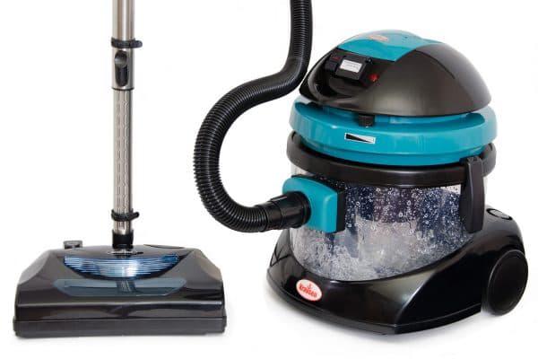 Пылесос с водяным фильтром