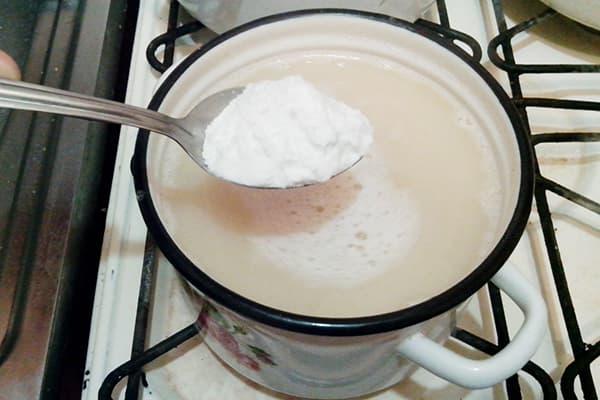 Приготовление мыльного раствора с содой