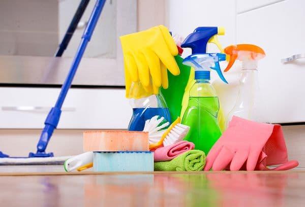 средства и приспособления для уборки квартиры