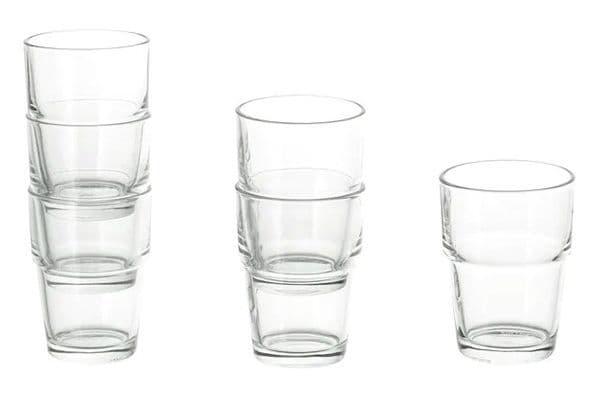 Белые стаканы