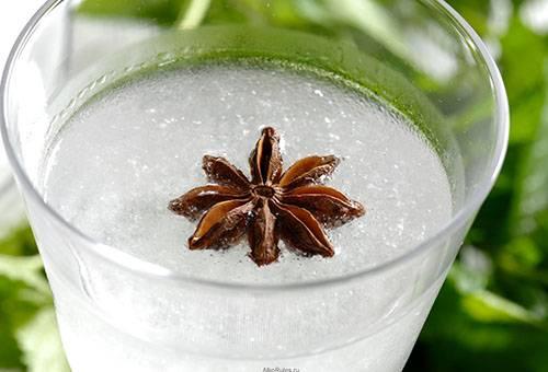 Анисовая водка со специями