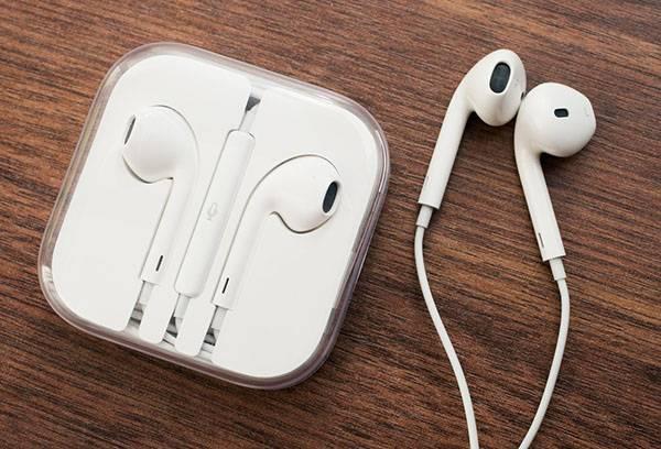 Наушники от Apple