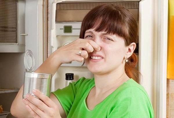 Пропавшие консервы в холодильнике