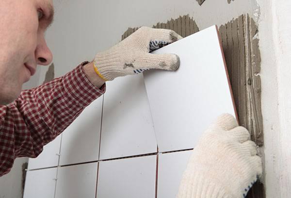 Монтаж плитки на гипсовую штукатурку