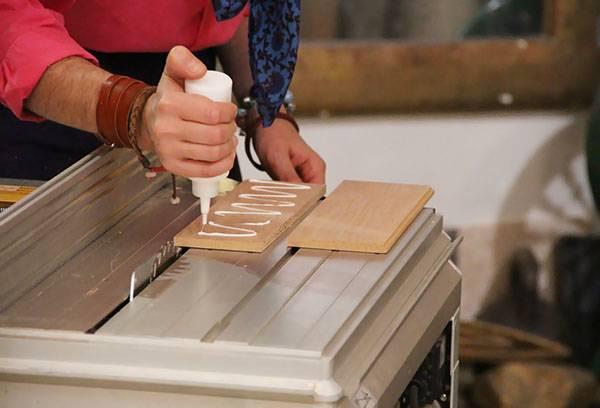 Склейка древесины клеем ПВА