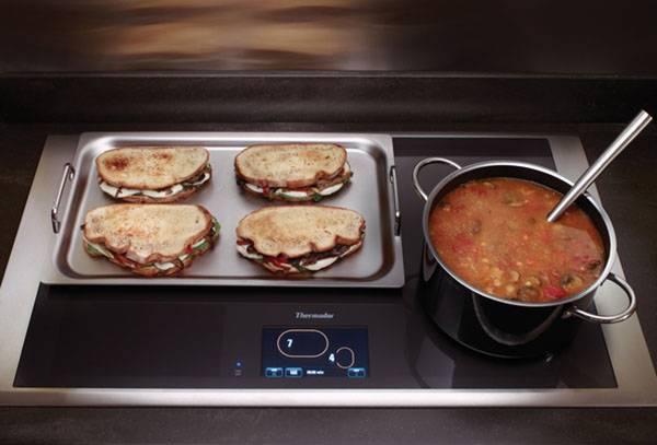 Приготовление пищи на индукционной плите