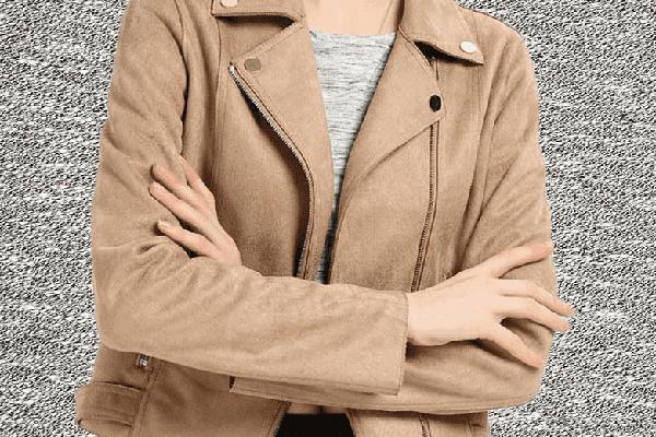Светлая замшевая куртка
