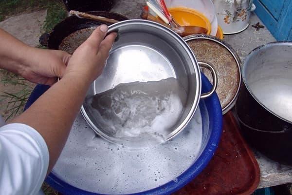 Мытье алюминиевой посуды