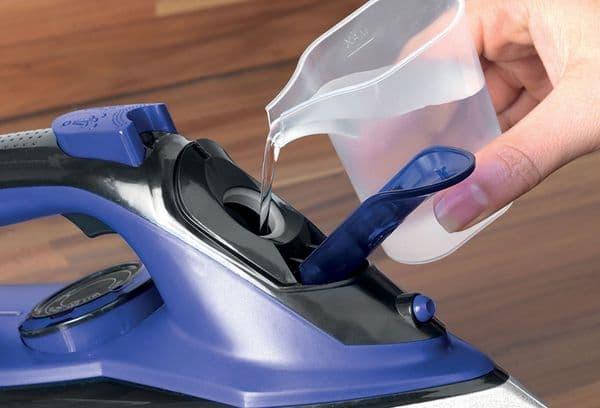емкость для воды в утюге