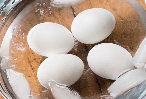 варка яиц в скорлупе