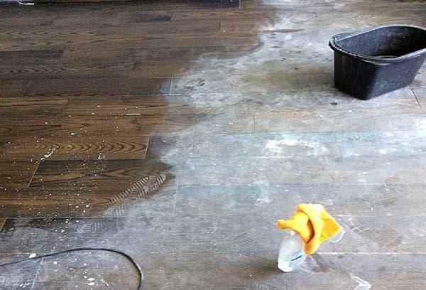 Пыль на полу после ремонта