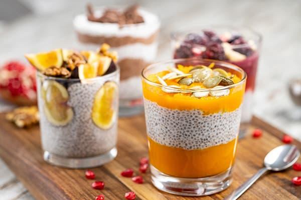 Десерты с семенами чиа и кокосовым молоком