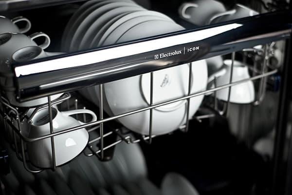 Керамическая посуда в посудомоечной машине