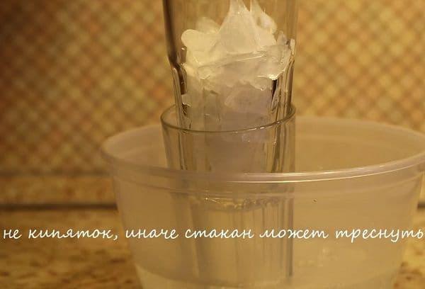 Как вытащить стакан из другого стакана: простые способы