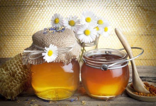 Мед в стеклянной таре