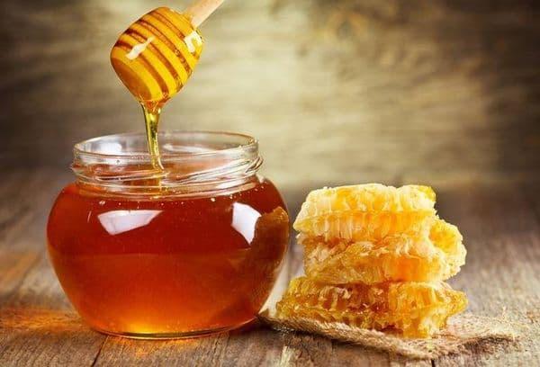 Банка с медом