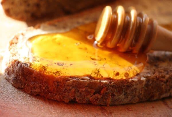 Бутерброд с медом