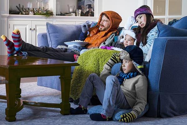 Семья в холодной квартире